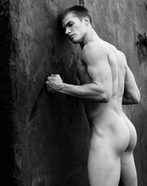 долу специално эротика голый мужики фото надо думать